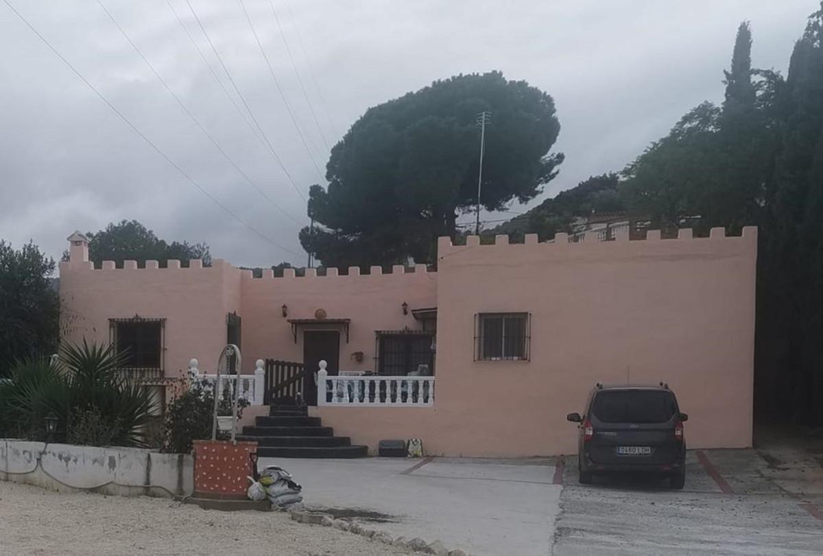 House in Alhaurín de la Torre R3759130 1