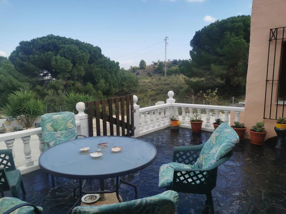 House in Alhaurín de la Torre R3759130 4