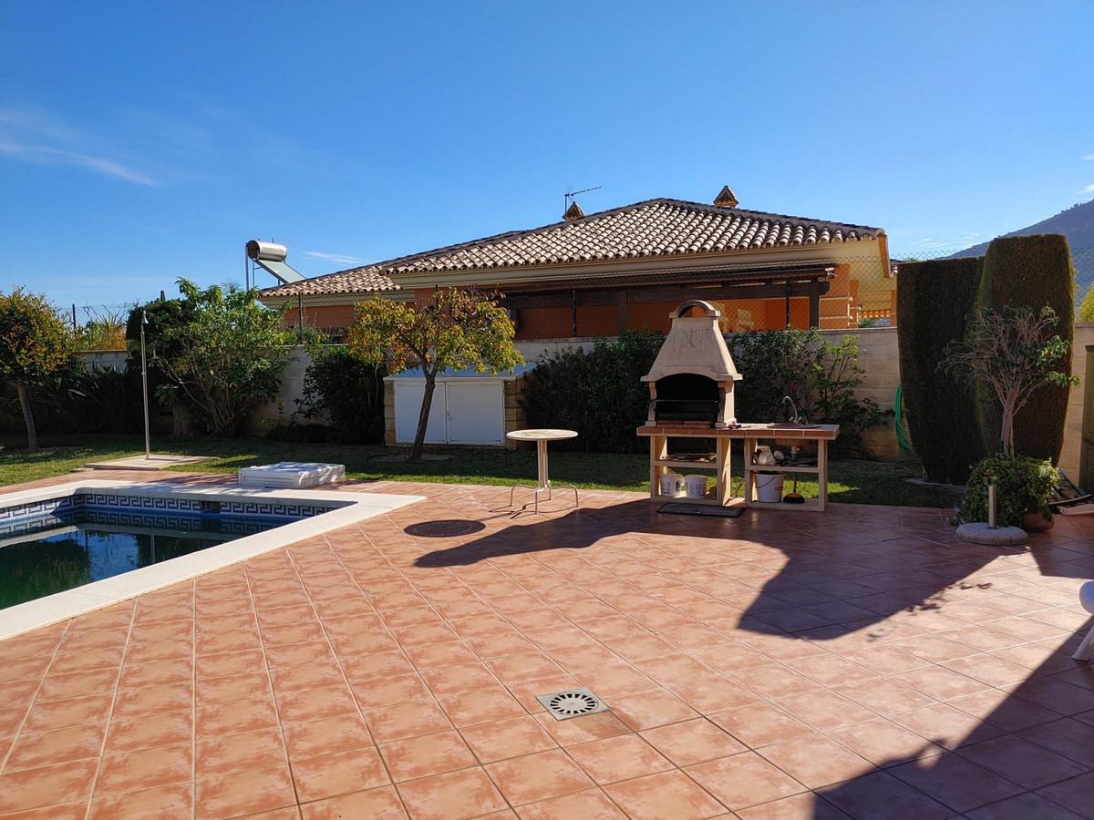 House in Alhaurín de la Torre R3768493 2