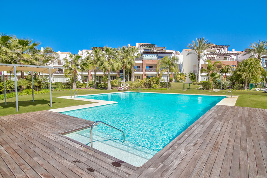 Between 250.000€ to 300.000€ a visit and make an offer !!! : 180 sqm A beautiful ground floor apartm,Spain