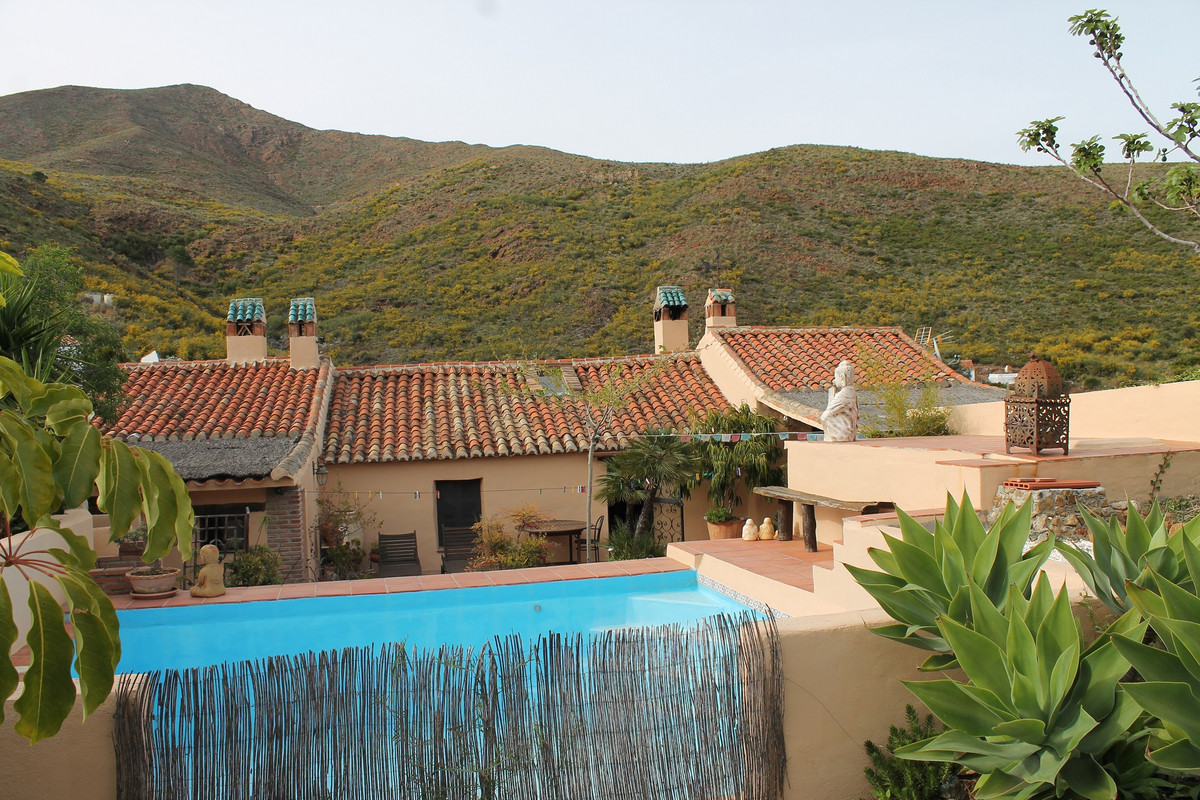 Rustic house of 300 meters plus house of 30 meters with 5700 meters of land with fruit trees and oli, Spain