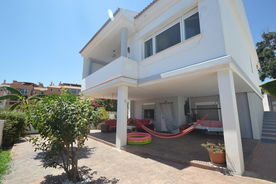 Fantastic 3 bedroom villa - El Pinillo (Torremolinos) this 3 bedroom independent villa with panorami, Spain