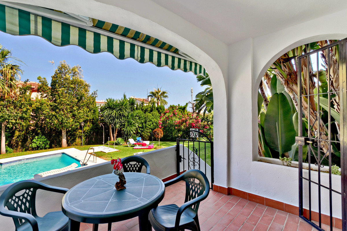 Ground Floor Apartment in Riviera del Sol. 2 Bedrooms, 1 Bathroom, Built 70 m², Terrace 10 m².  Smal, Spain
