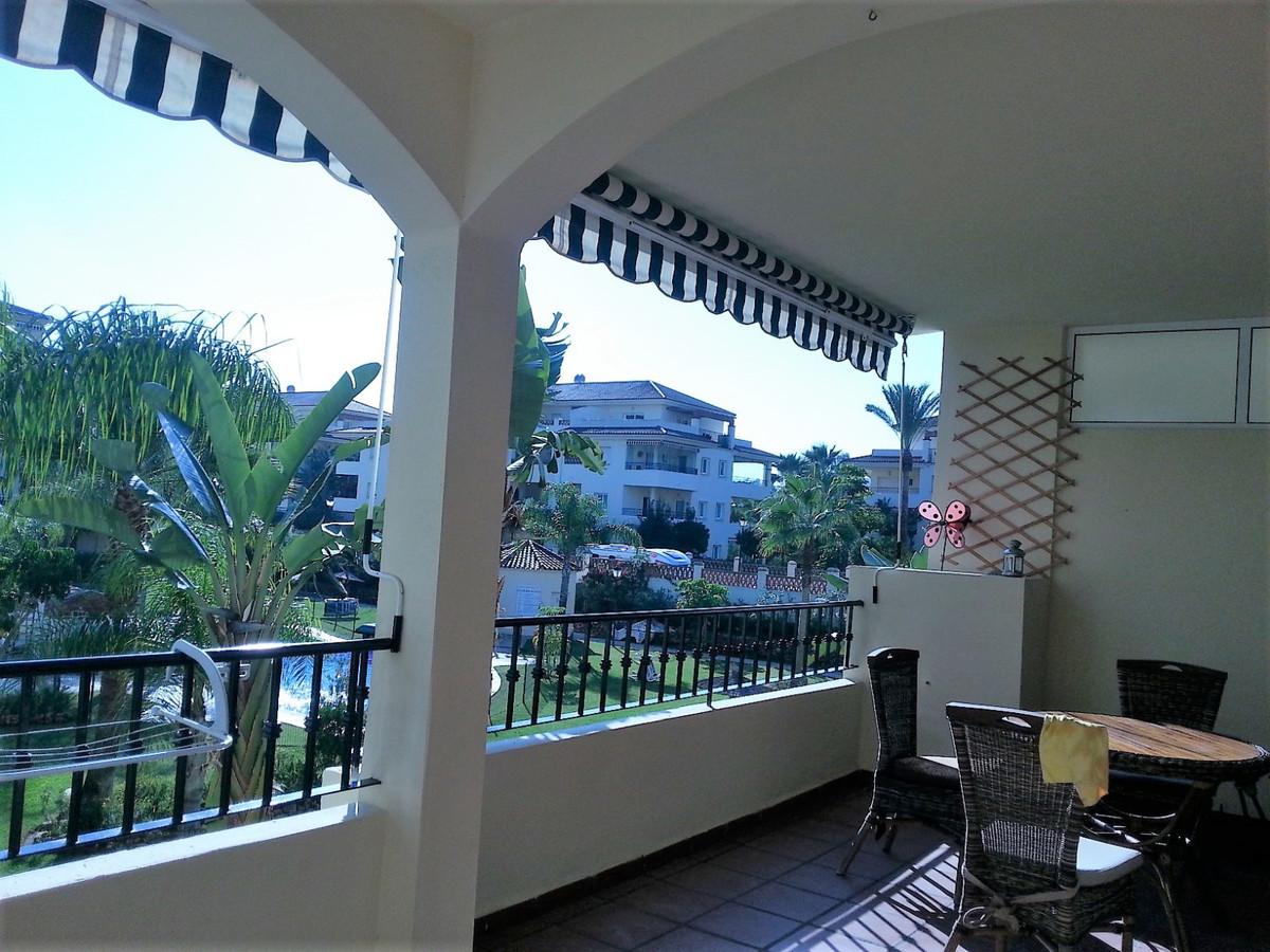 Middle Floor Apartment, Mijas Golf, Costa del Sol. 2 Bedrooms, 2 Bathrooms, Built 98 m², Terrace 22 , Spain