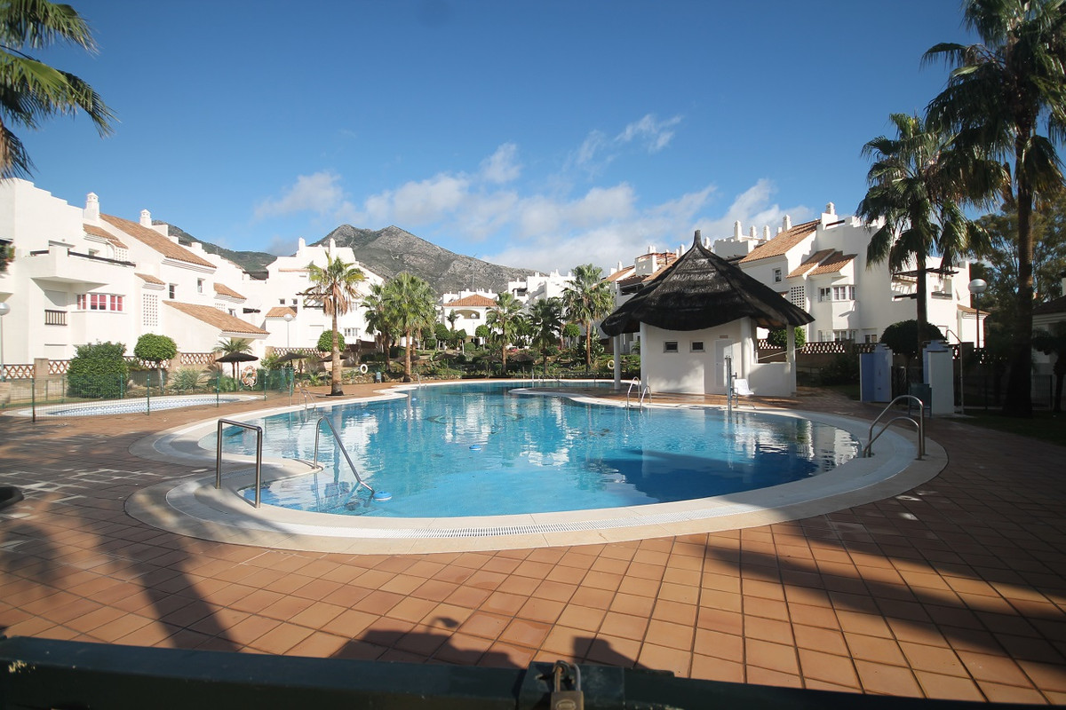 Beautiful residence located in Benalmadena,  Fully air conditioned apartment.  It consists of 2 bedr,Spain