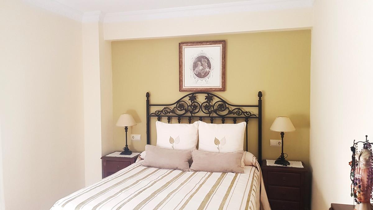 Marbella Banus Apartamento en Venta en Marbella – R3777583