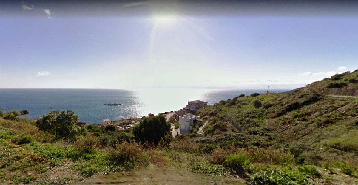 PLOT IN GETARES URBANIZATION. IN PUNTA RAMS PLACE. NATURAL PARK WITH UNBEATABLE VIEWS AND READY TO S,Spain