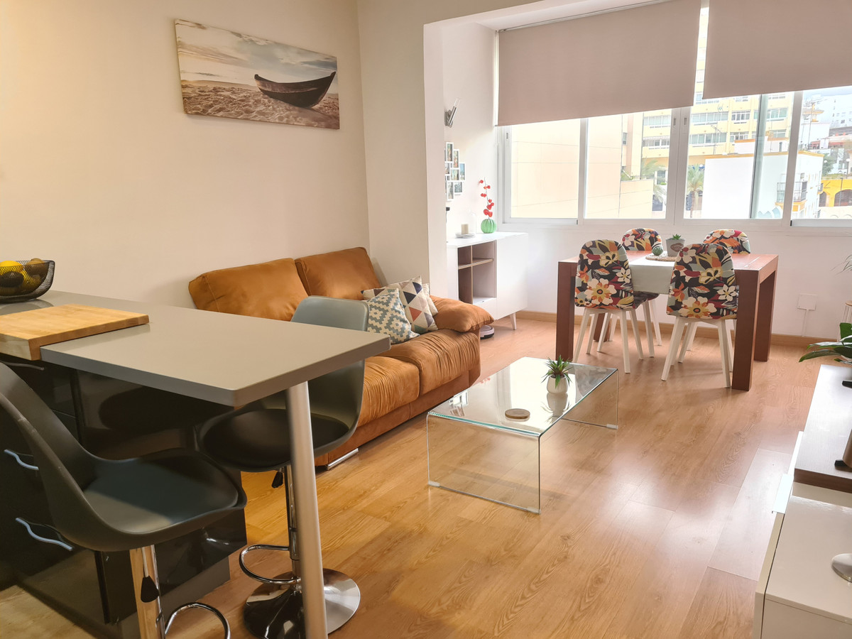 Newly renovated apartment on Ricardo Soriano avenue of 73 m2. The distribution consists of an entran,Spain