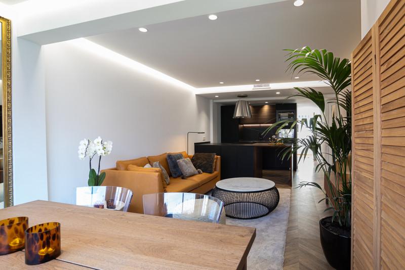 Apartamento Planta Media en venta en Marbella – R3598445