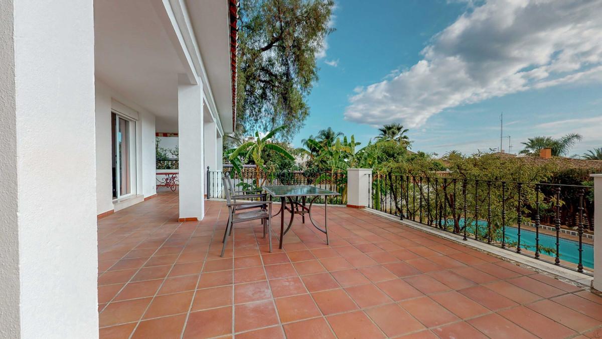 Villa – Chalet en Venta en Marbella – R3654962