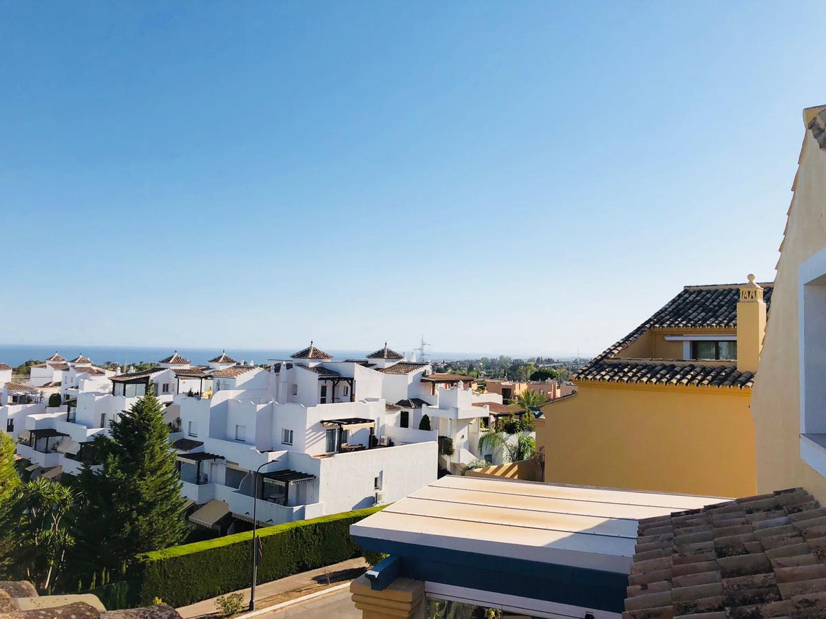 Marbella Banus Ático en Venta en Marbella – R3635711