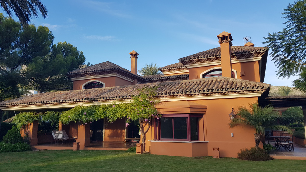 Marbella Banus Villa – Chalet en Venta en Sierra Blanca – R3743206