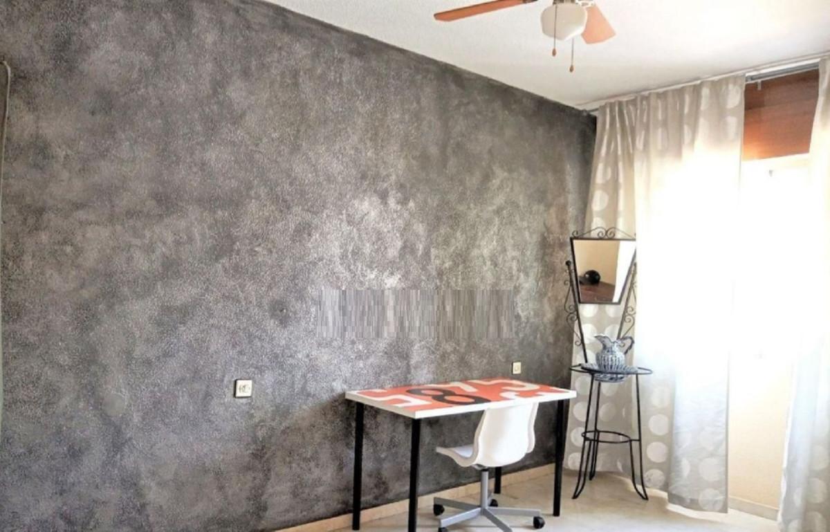 Apartamento en Venta en Marbella – R3863065