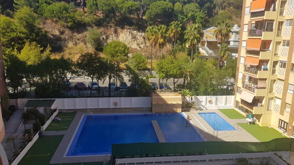 Marbella Banus Apartamento en Venta en Marbella – R3739978