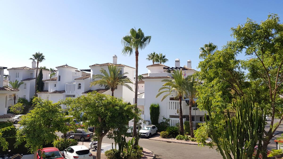 Marbella Banus Adosada en Venta en Nueva Andalucía – R3536098