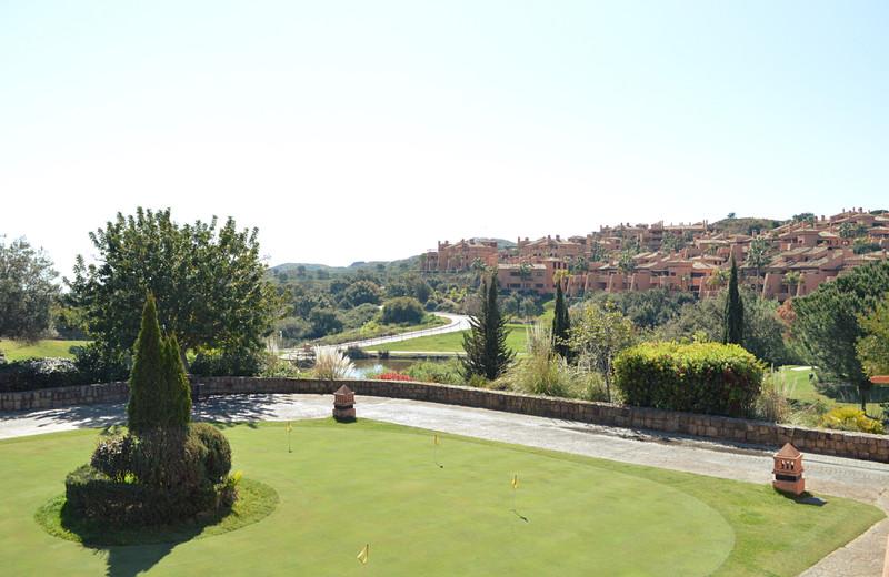 Marbella Banus Apartamento Planta Baja en venta en Ojén – R3389977