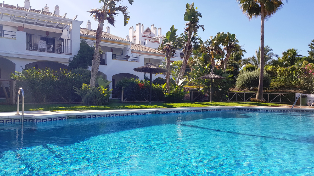 Middle Floor Apartment for sale in Mijas Costa R3453841