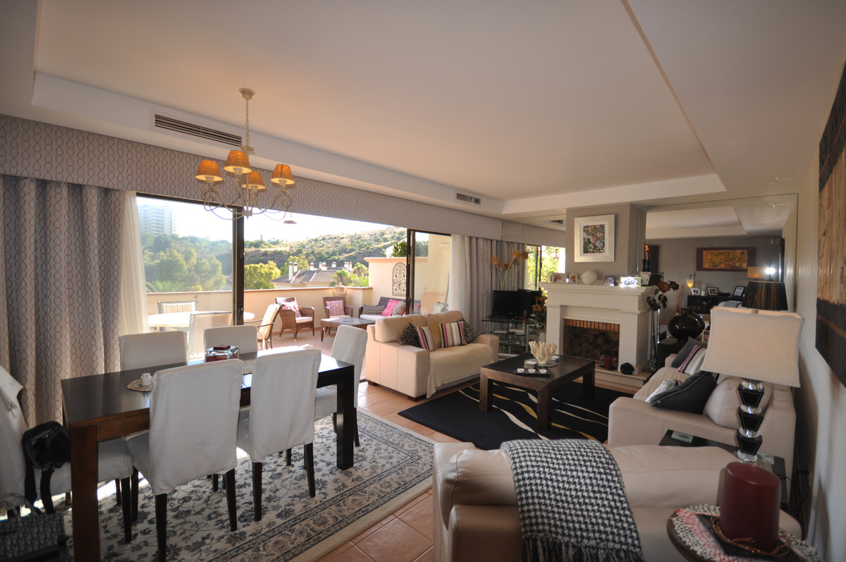 Apartment  Penthouse 													for sale  																			 in Río Real