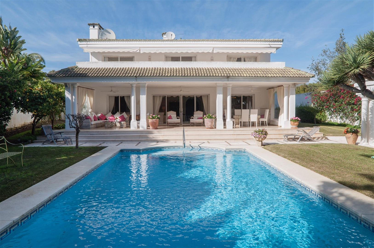 LOS MONTEROS BEACHSIDE 5 BED DETACHED VILLA   NEW TO THE MARKET, this elegant villa is WITHIN THE PR, Spain