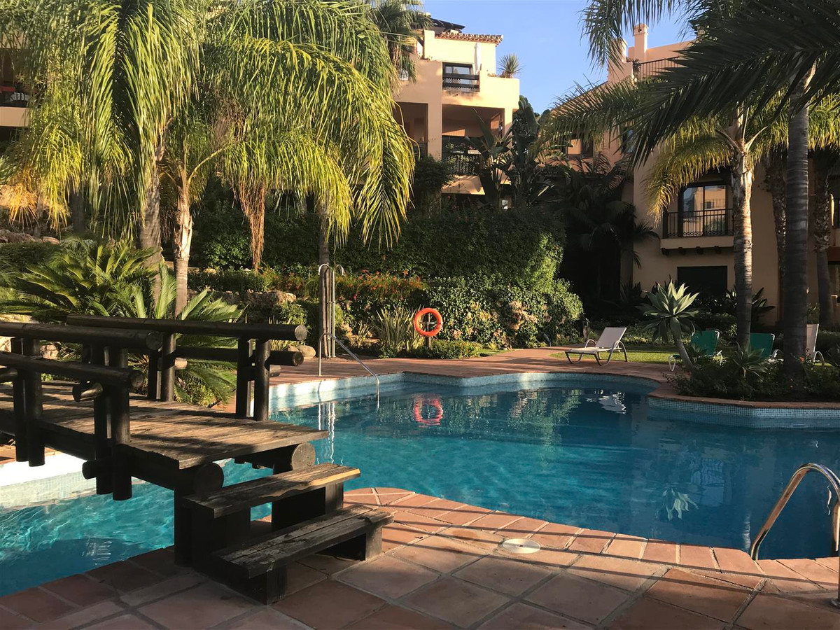 Lovely 2 bedroom apartment within the exclusive El Campanario development with the Country Club, lit,Spain