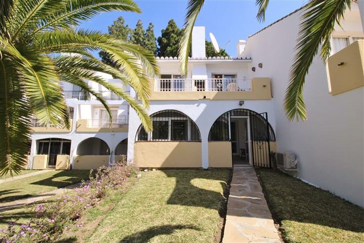 PRICED TO SELL, BEST PRICE WITHIN THE DEVELOPMENT, GREAT LOCATION, 2 NEW BATHROOMS WITH UNDER FLOOR ,Spain