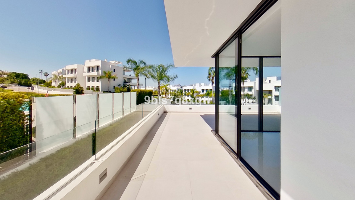 Apartamento en Venta en Atalaya – R3674651
