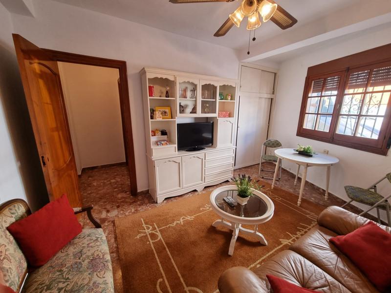 Middle Floor Apartment in Alhaurín el Grande