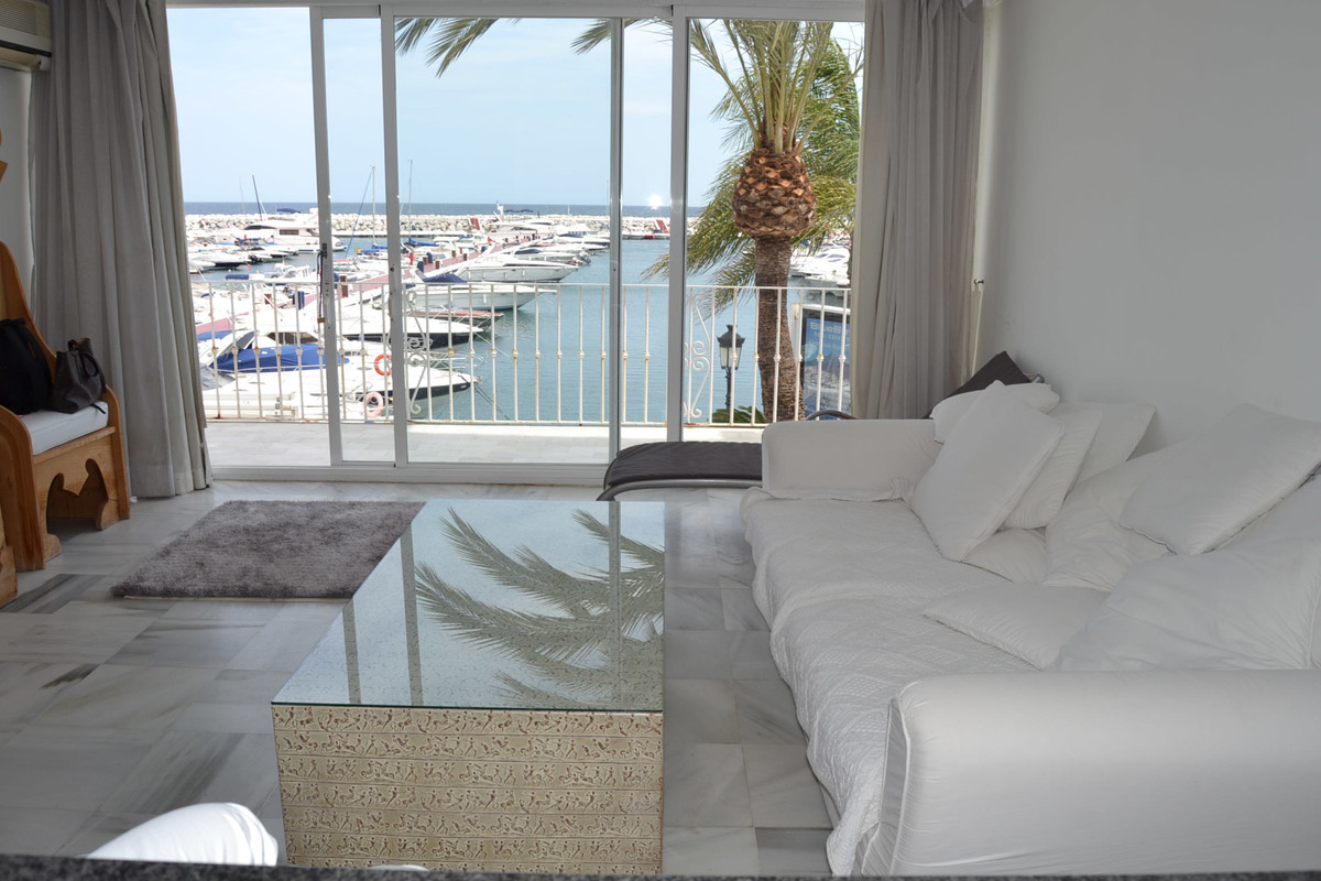 Cosy apartment in seaside of Puerto Banus, luxury living and vibrations in the Paseo Maritimo! Great, Spain