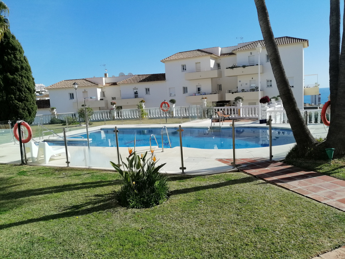 Magnificent apartment  in Riviera del Sol.  The apartment is located on the first floor with a third,Spain
