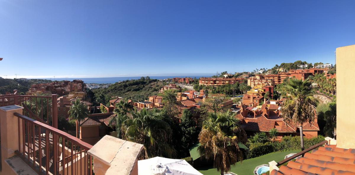 Marbella Banus Ático en Venta en Marbella – R3940972