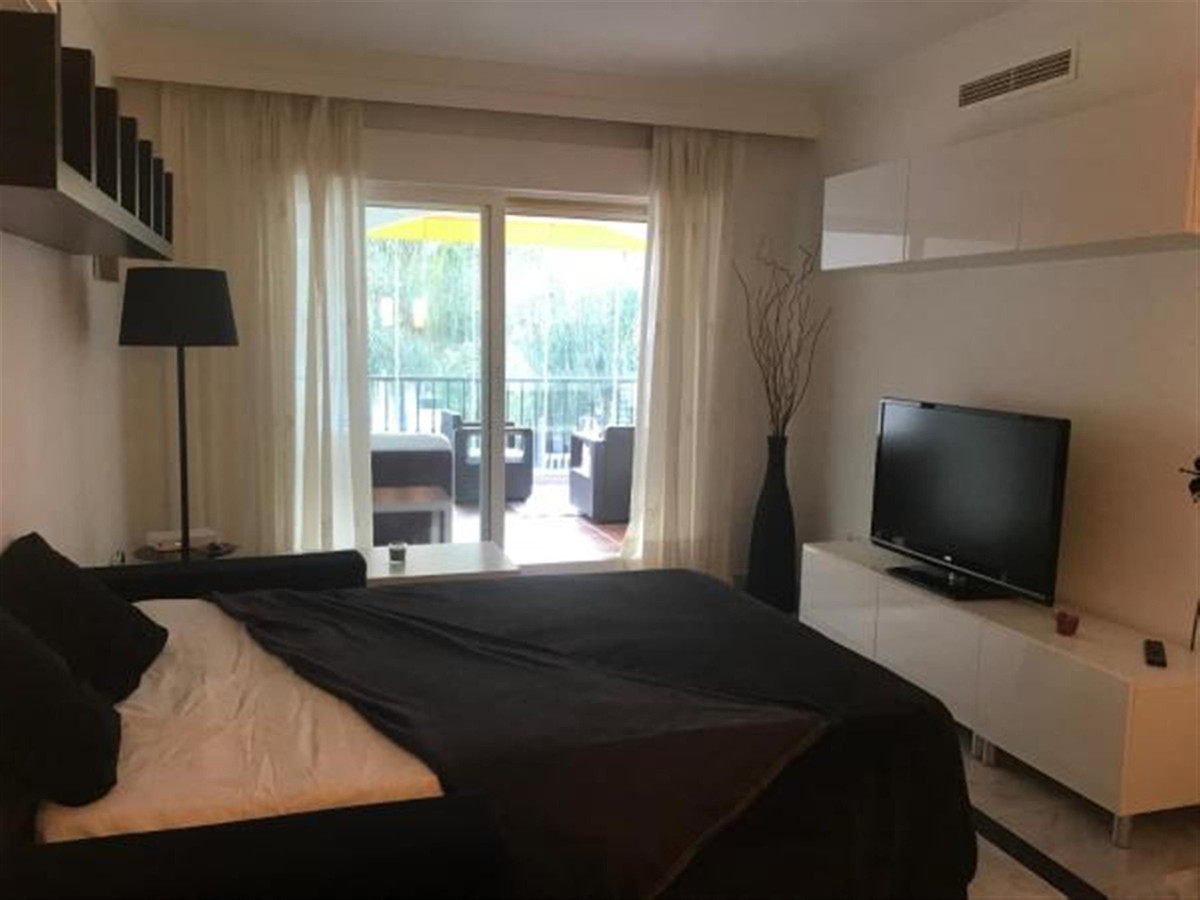 1 Bedroom Apartment for sale Puerto Banús