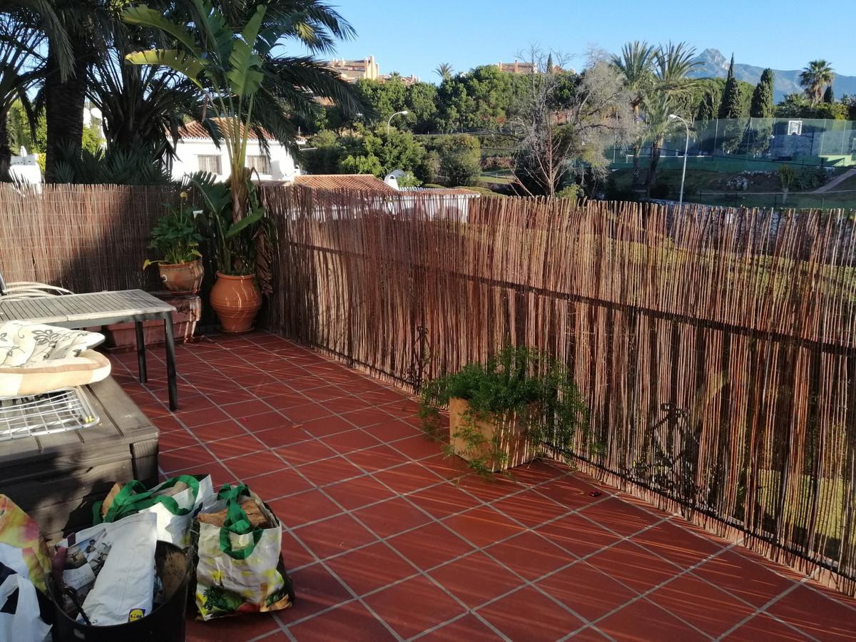 Villa, Semi Individuelle  en vente    à Nueva Andalucía