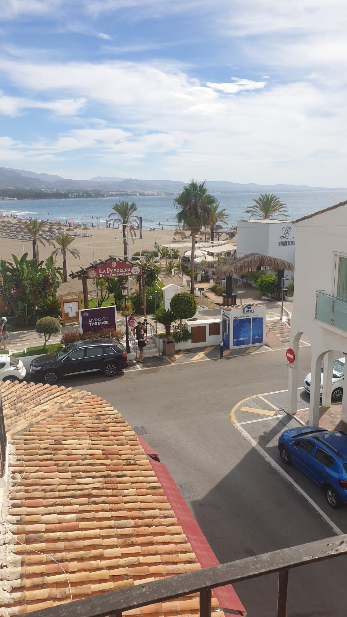 MAGNIFICENT APARTMENT IN PUERTO BANUS WITH SOUTH-SOUTHEAST ORIENTATION!  Apartment located on Julio ,Spain