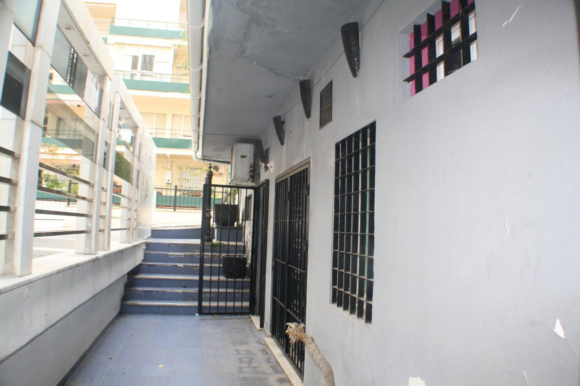 Commercial property for sale and rent