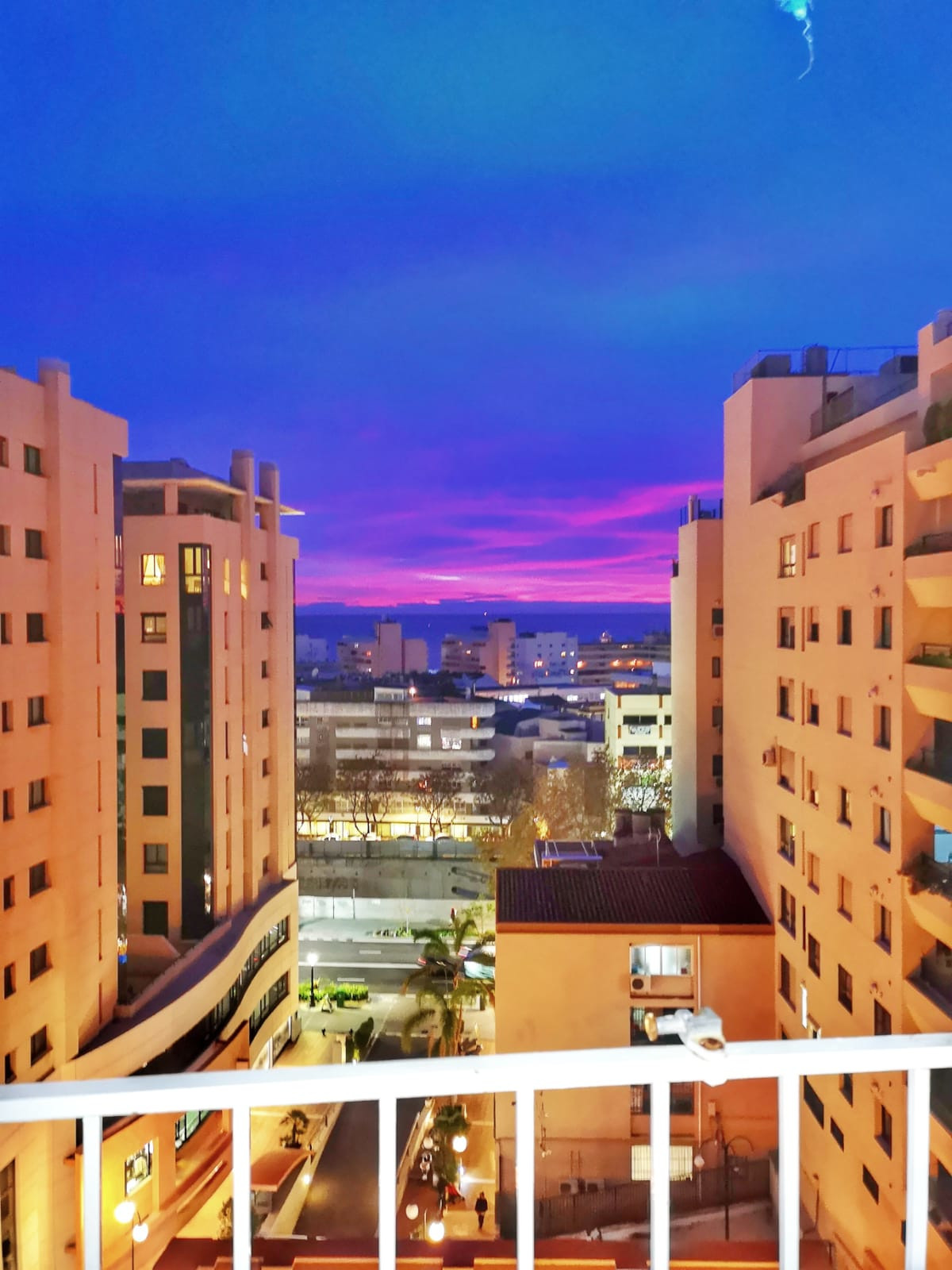 Apartment with sea views in the center of Marbella.  South facing apartment, very spacious with 3 be,Spain
