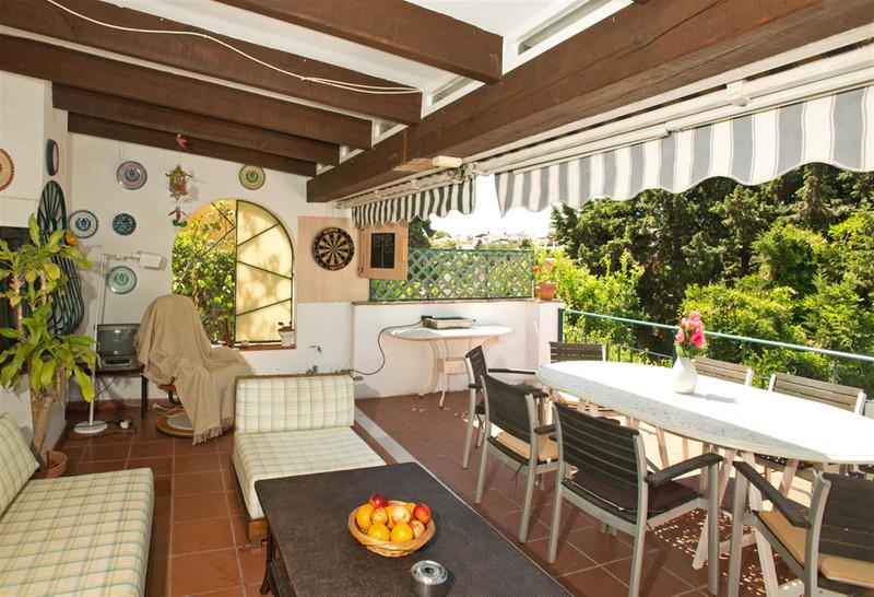 Villa – Chalet en venta en Marbella – R3508321