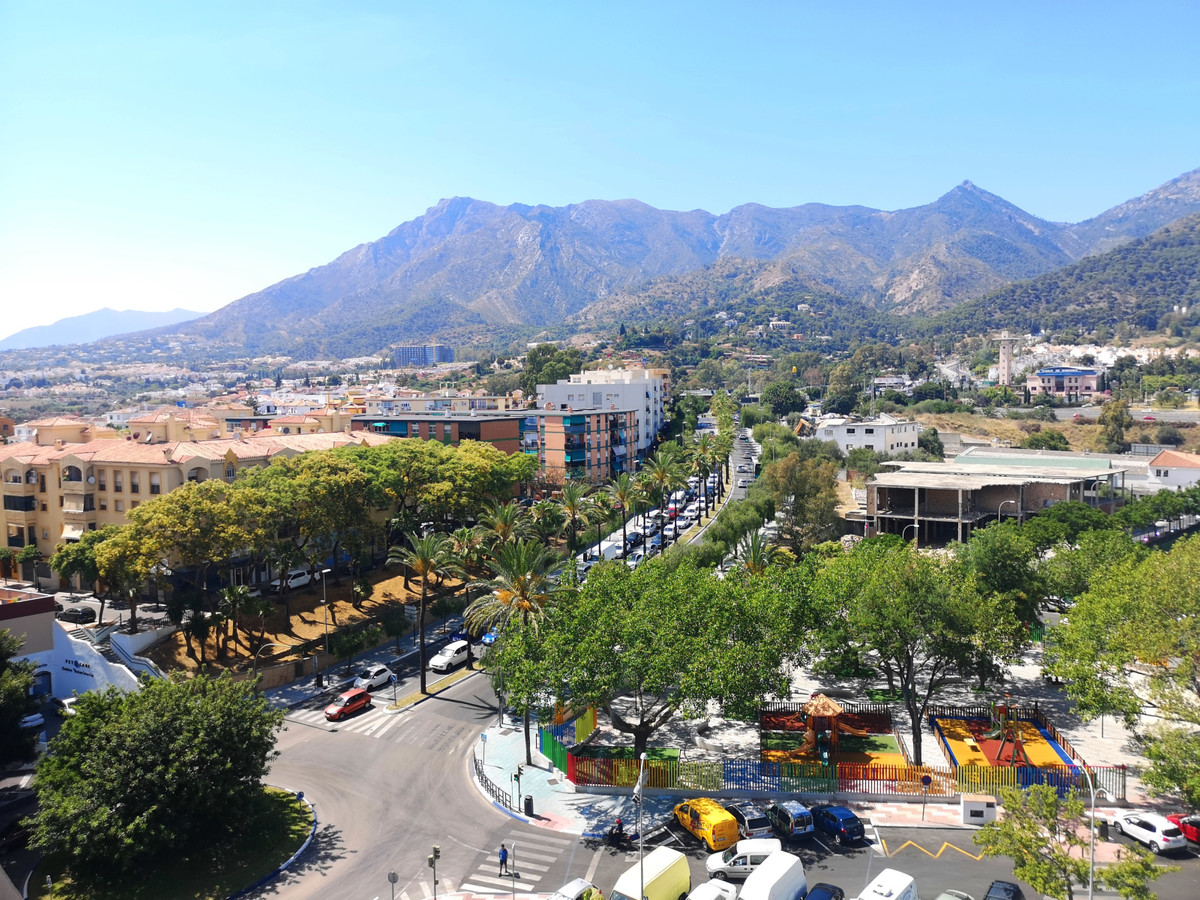 Penthouse in Marbella with stunning mountain views.  Magnificent penthouse in Marbella, has 142m2, t, Spain