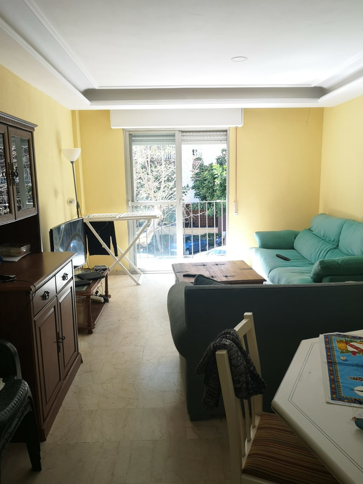 GREAT OPPORTUNITY TO BUY HOUSING IN MARBELLA!  Magnificent apartment in the Miraflores area.  The ap,Spain