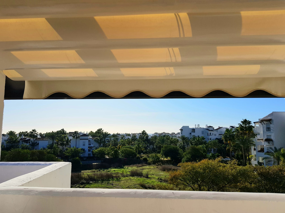 Beautiful spacious and newly renovated duplex penthouse in Costalita.  Urbanization with pool and ga, Spain