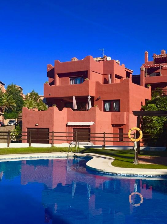 Bahia Casares Golf  Really impressive 2 bedroom duplex penthouse located within an exclusive gated c, Spain