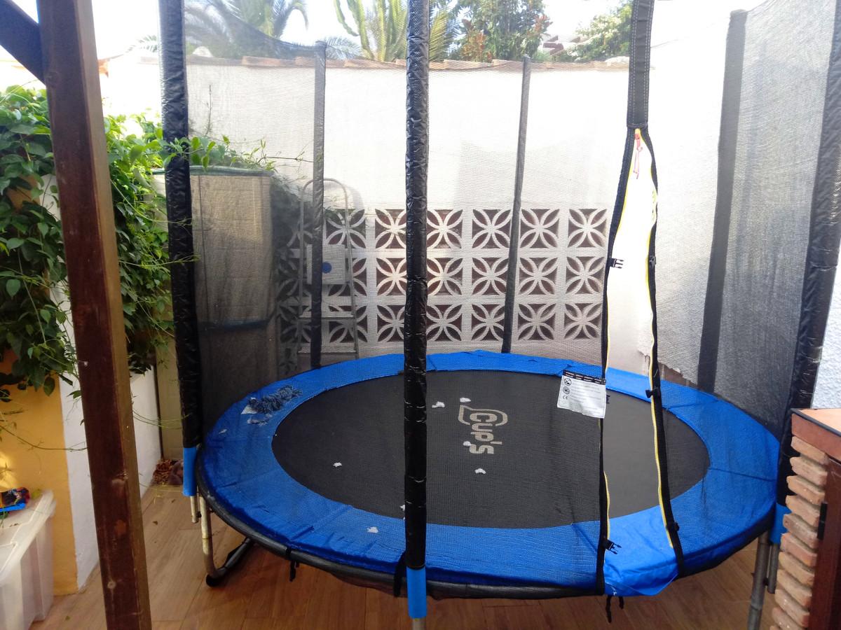 2 Bedroom Villa For Sale, Marbella