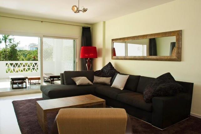 Apartamento Planta Media en Venta en Puerto Banús – R2254958