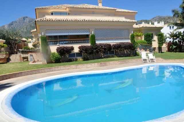 Villa for Long Term Rent in Marbella