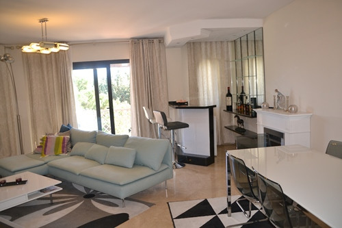 Middle Floor Apartment Río Real