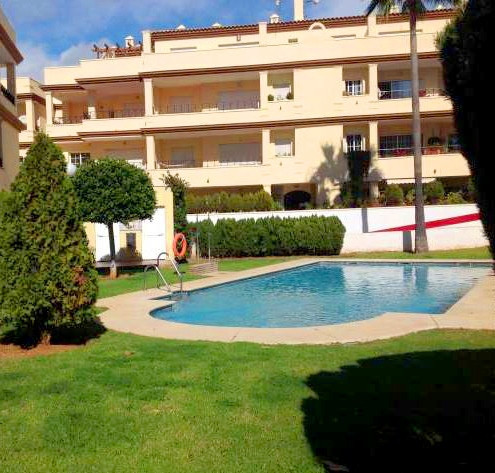 Lovely groundfloor located in Elviria from 300 meters from the beautiful Marbelli beach.  It consist, Spain