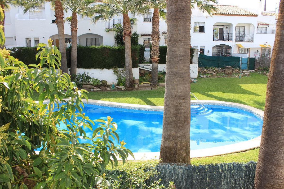 Townhouse for sale in Bel Air, Costa del Sol