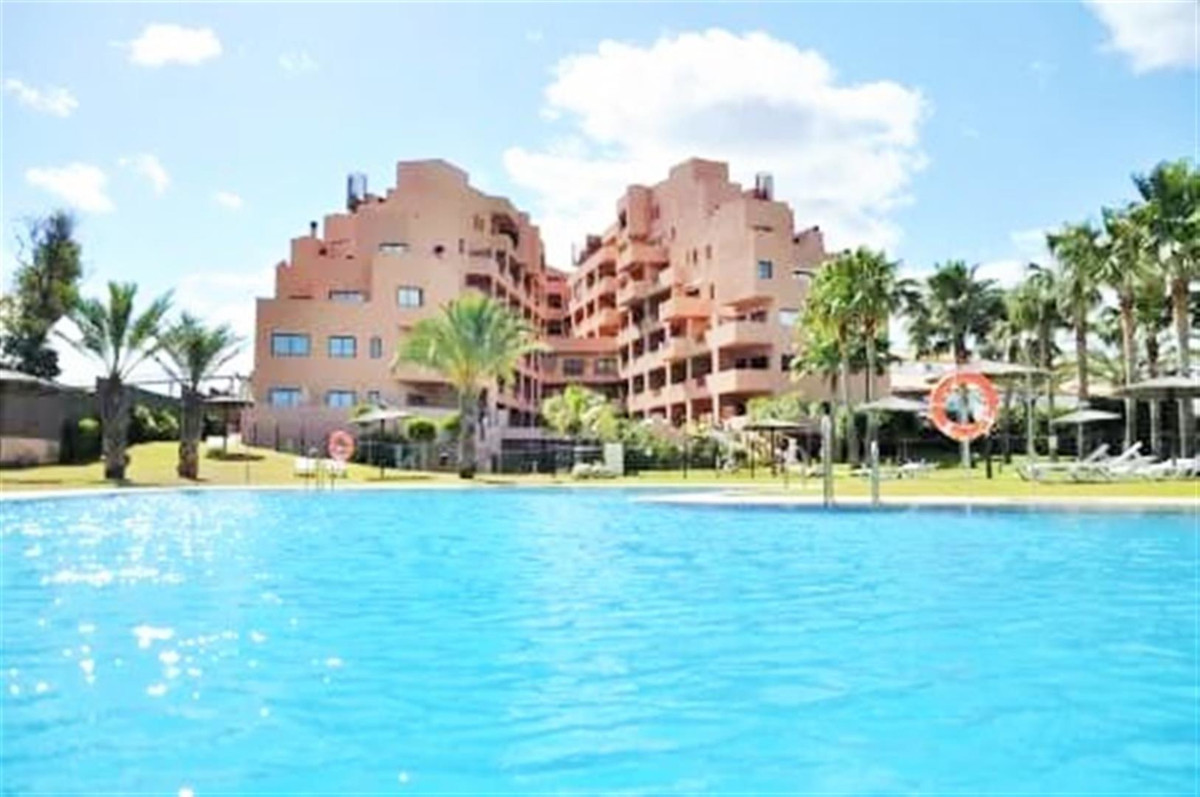 LUX - BEACH FRONTLINE - SPA -VIEWS!!!  Beautiful apartment in a luxury hotel located on the beach ne,Spain