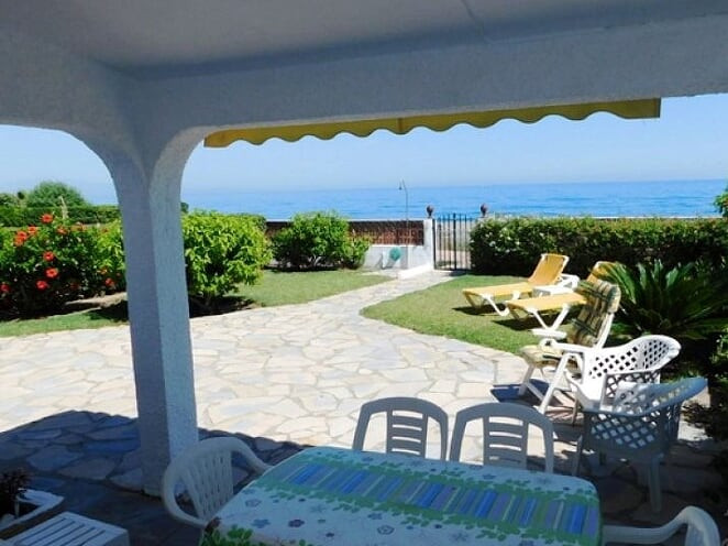 A unique opportunity to own a house by the sea – literally 10 meters from the beach. This beautiful ,Spain
