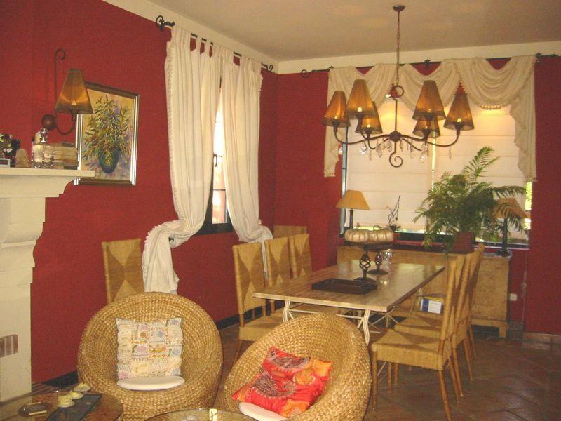 Villa – Chalet en Venta en San Pedro de Alcántara – R3640013