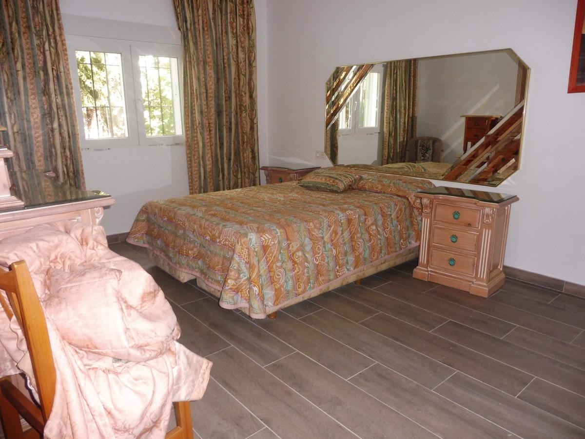 Long Term Rental - House - Estepona - 8 - mibgroup.es